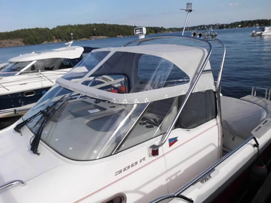 Nytt båtkapell till walkaroundbåt i Djursholm.